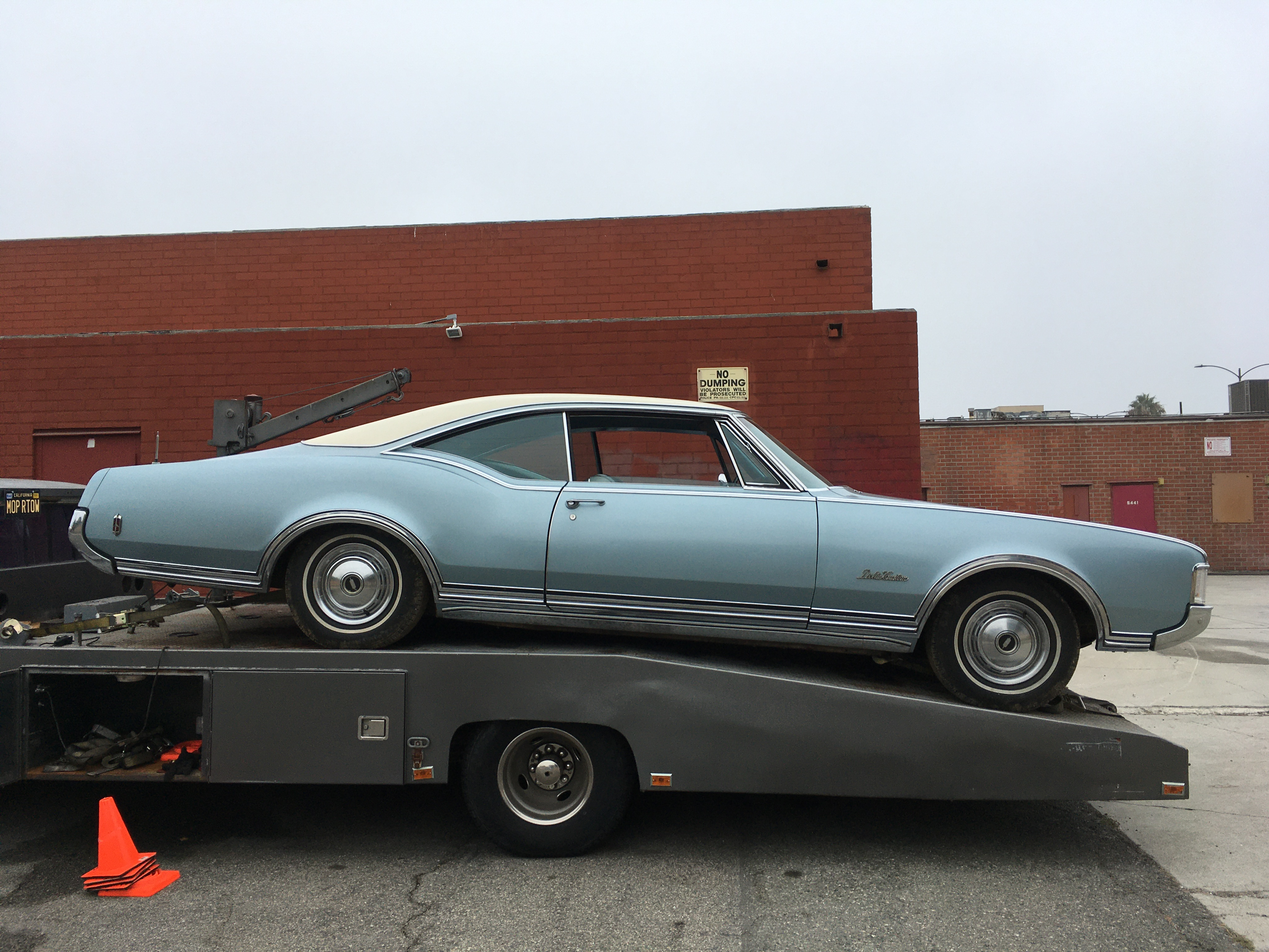 1968 Oldsmobile Delta88 Custom Holiday Coupe
